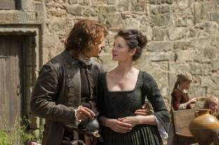 12_jamie & Claire Lallybroch