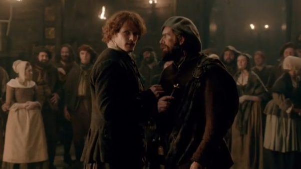 2_outlander-castle-leoch-sam-heughan