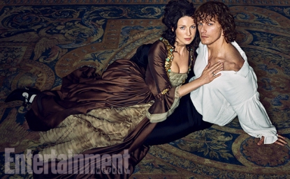 Outlander-Caitriona-Balfe-and-Sam-Heughan-02